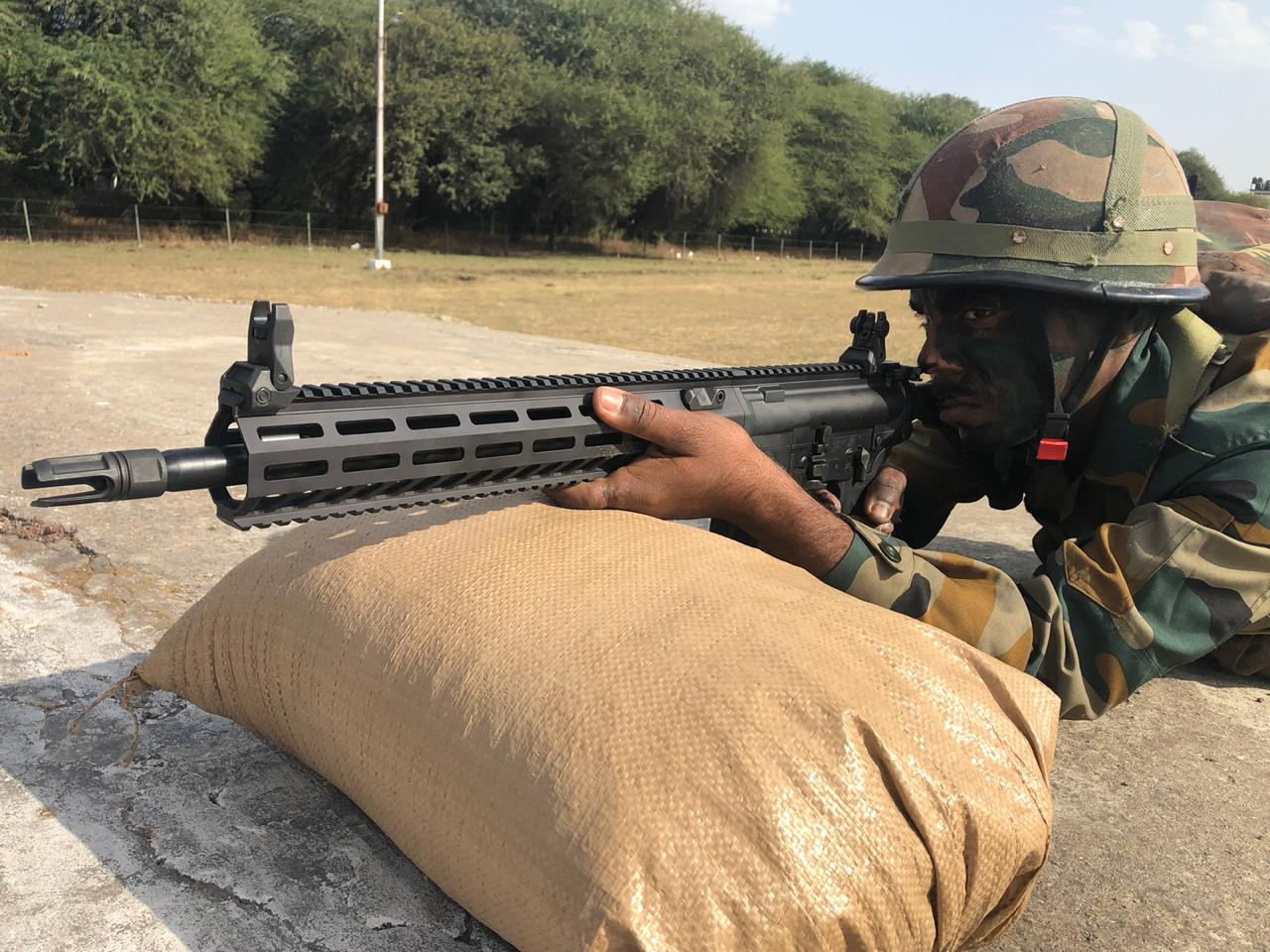 SIG-716 assault rifle of Indian army purchased from USA