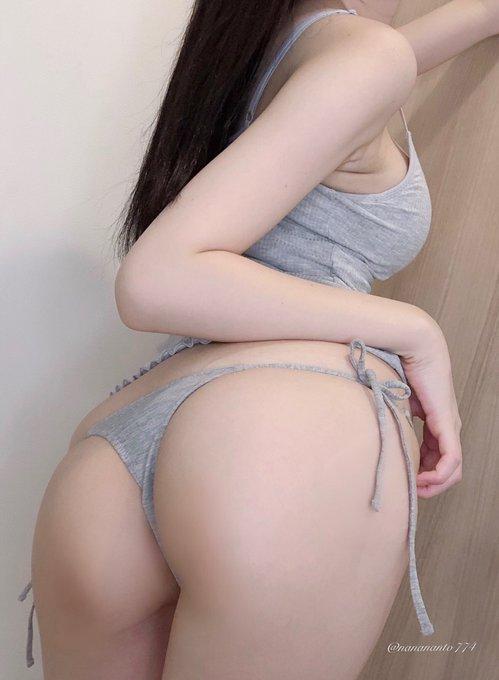 グラビアアイドル百瀬菜月のTwitter自撮りエロ画像17