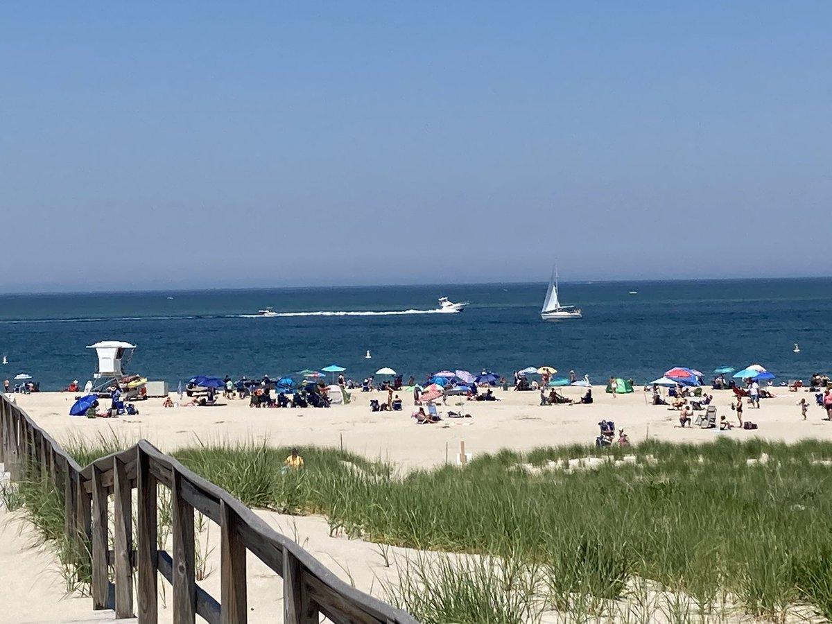 beaches near north shore: crane beach