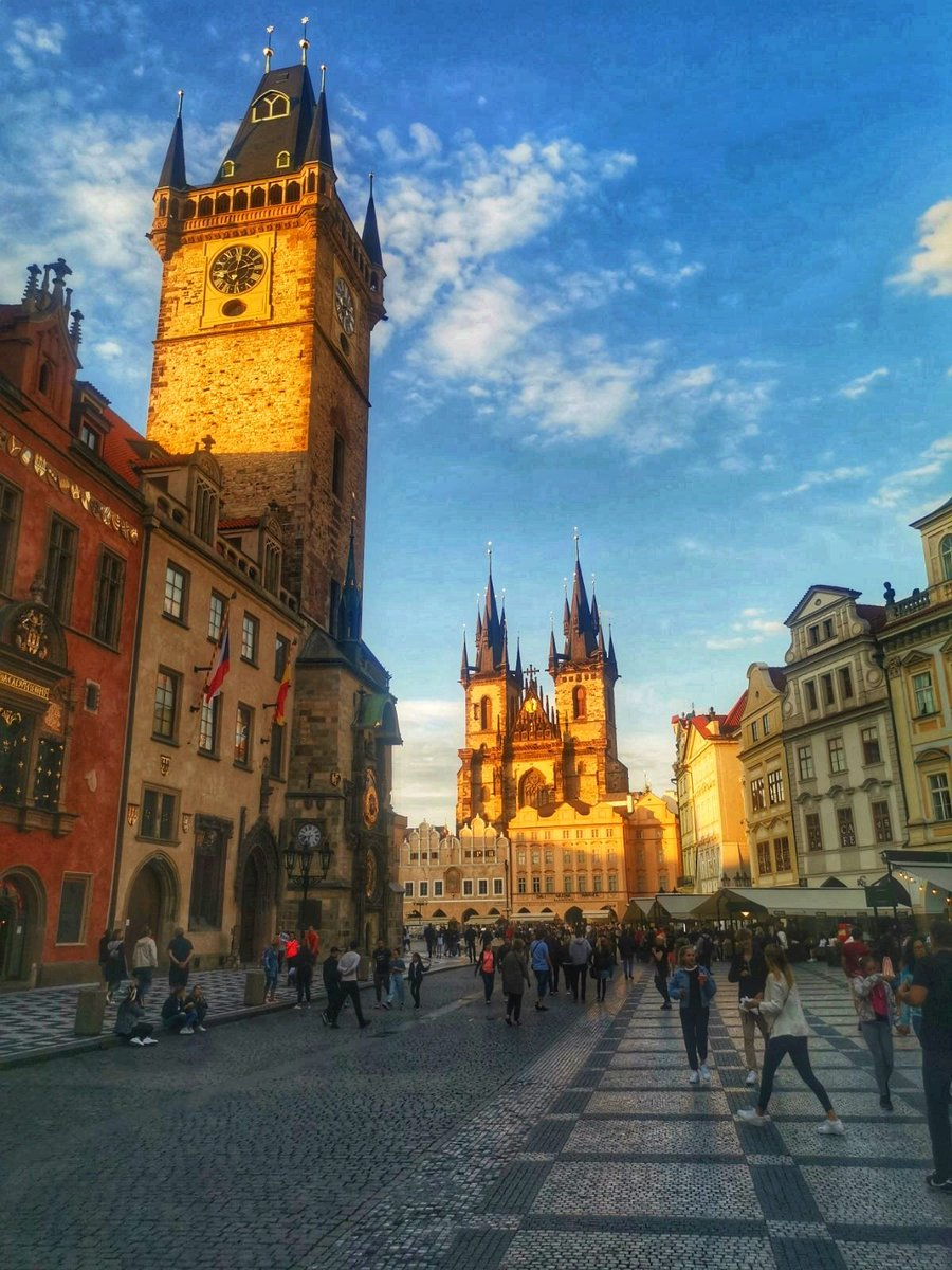 ...And softness came from the starlight and filled me full to the bone...  W.B. Yeats  #Yeats #Prague 🇧🇦🇨🇿 https://t.co/gJxd5Z5k9i