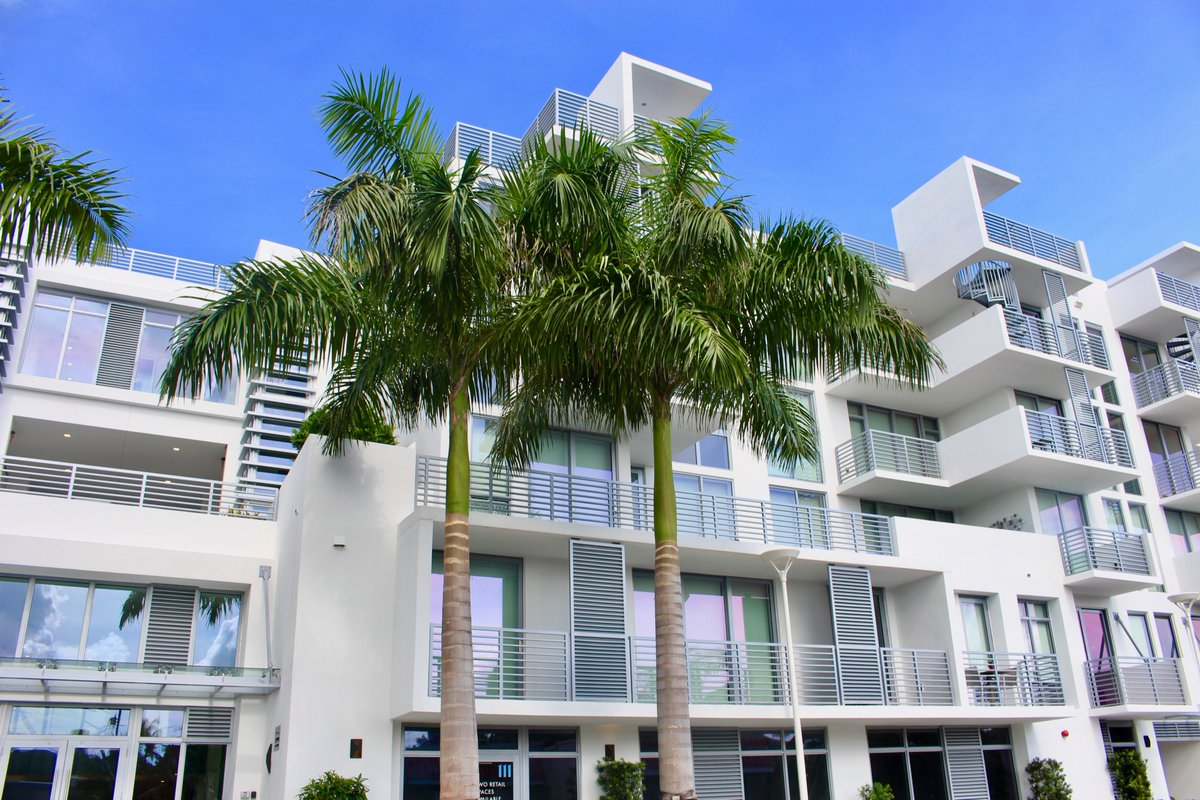 Luxury condos have never looked so good. Check out 111 First Delray. Brand new construction! . #realestate #southflorida #floridarealtor #luxuryrealestate #lifestyle #home #florida #agentsofinstagram #downtowndelray #beachtown #atlanticave #thesouthoceangroup #111firstdelray https://t.co/eSa2T87HxV