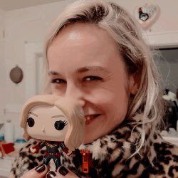 brie larson and her fanaticism over captain marvel is my fav thing ever <br>http://pic.twitter.com/YHLabXRggf