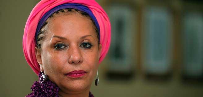 """La exsenadora colombiana Piedad Córdoba ha anunciado que deja la política activa por una """"depresión"""" que la llevó a estar recluida en una clínica en La Habana.    https://t.co/FqH187Khir https://t.co/or1GeTjYBb"""