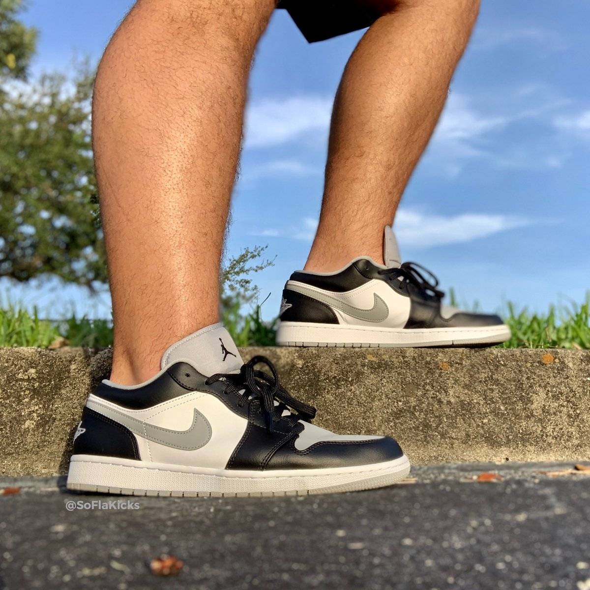 J's on and off the course 🏌🏻 #kotd #yoursneakersaredope #aj1fam https://t.co/xeEpwENrgT