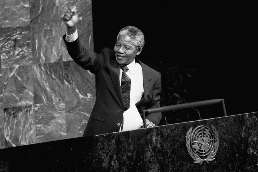 Madiba was a moral giant in the 20th century & his timeless legacy continues to guide us in the 21st century. - @antonioguterres will deliver this years @NelsonMandela Annual Lecture on Saturdays #MandelaDay, focussing on tackling rising inequalities. bit.ly/2ZjLoRS