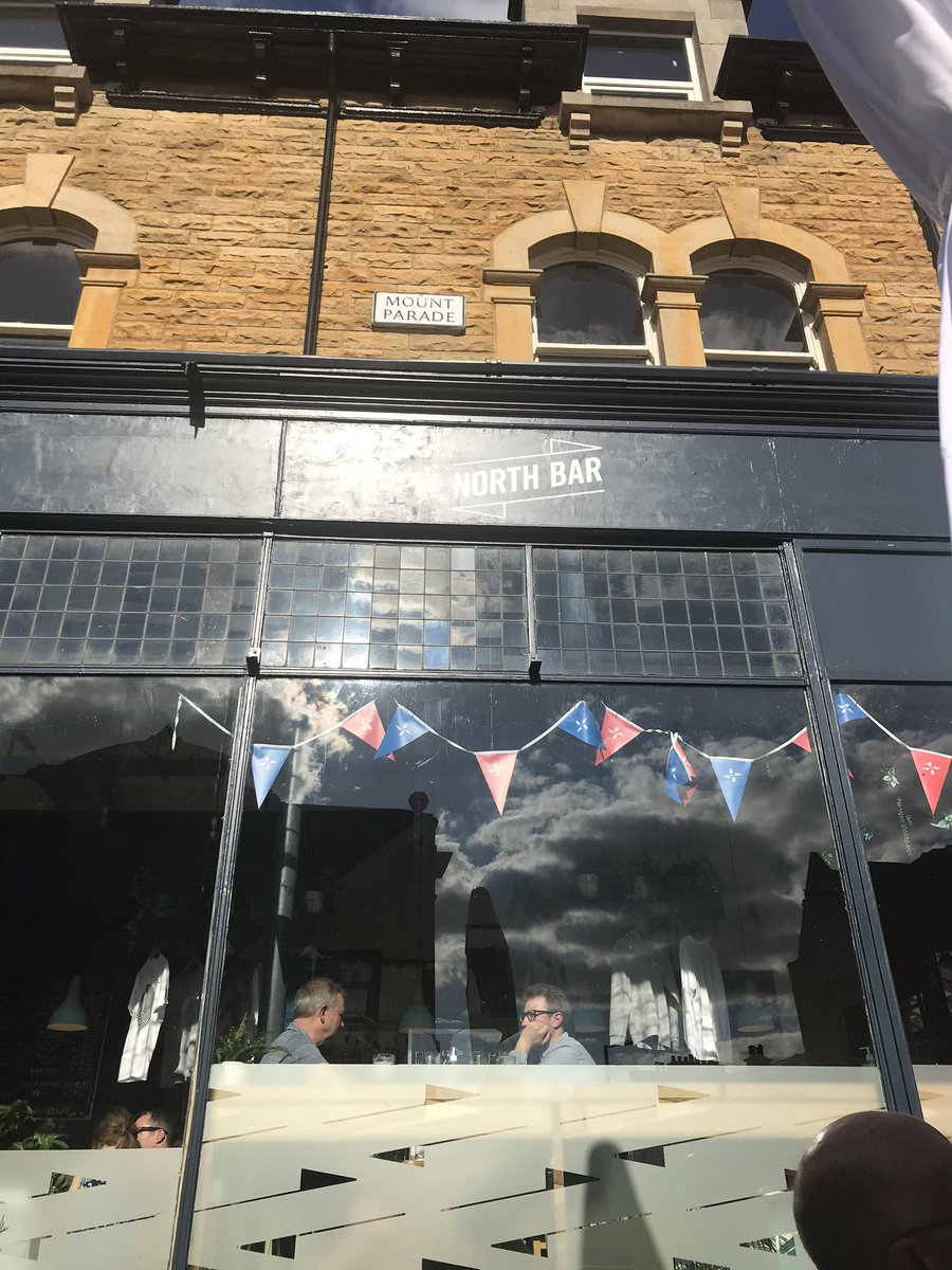 .@NorthBarHG have totalled nailed this reopening lark, social distancing, an app, table service, doesn't feel forced #Harrogate @NorthBarDrinks