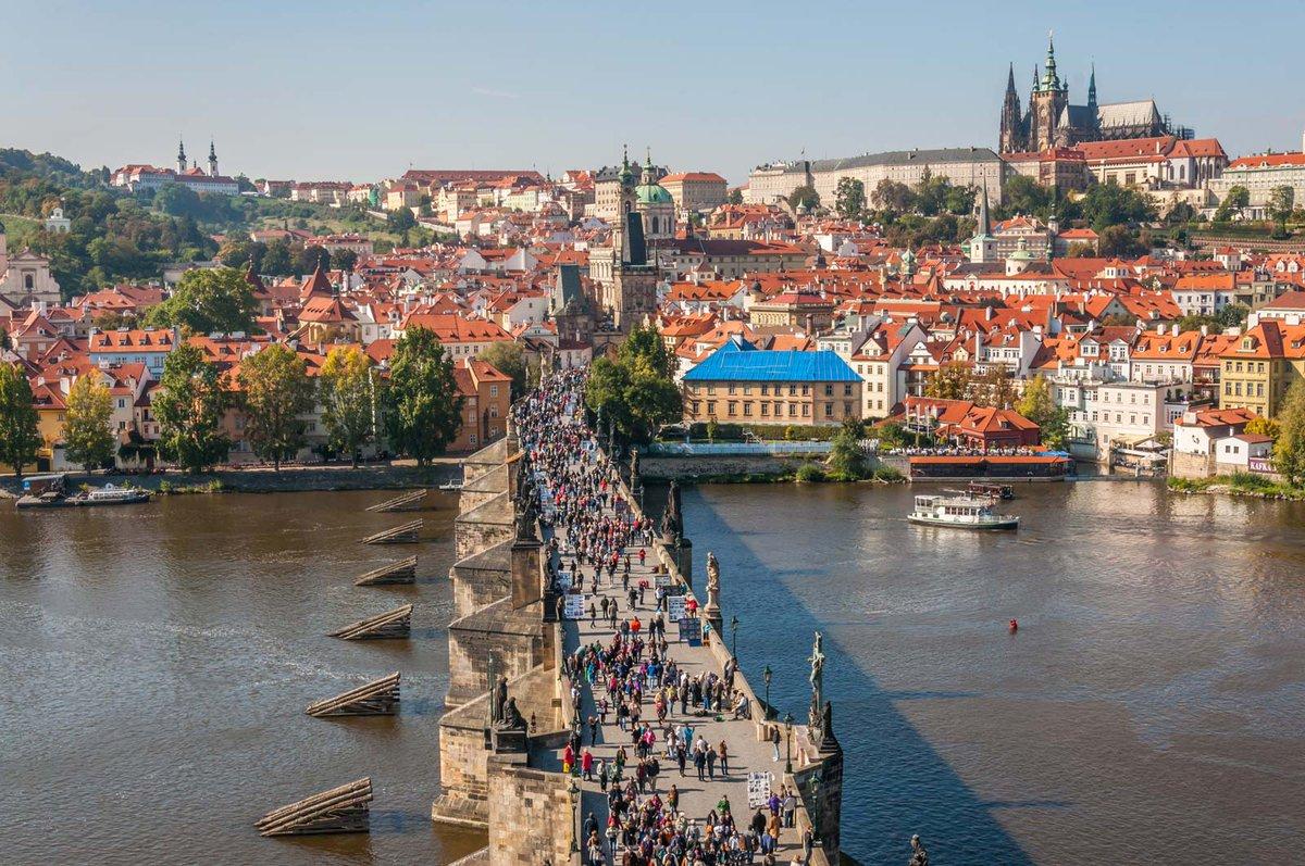 📍Prague. 🌞🌊🏙🤠 #Prague #pragueworld #TravelandLifestyle #travel #travelphotography #travelblogger #travel #travelphotography #travelgram #photooftheday #wanderlust #travelblogger #landscape #vacation #beach #holiday #summer https://t.co/ucX0N85fXs