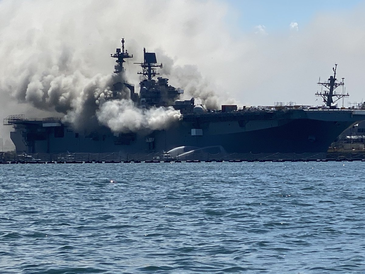 More views of the #fire burning now on board US #Navy amphibious ship USS #BONHOMME RICHARD LHD6 at 32nd Street Naval Station in San Diego. Reports so far indicate 3 sailors, 1 SDFD fireman injured. At the moment the fire seems to be growing https://t.co/icPblRJOEV
