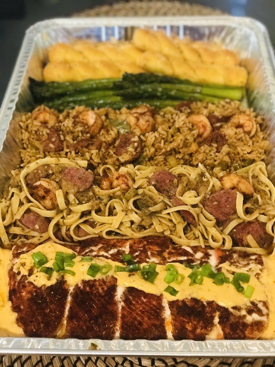 #creolecajunqueen @garywdtea @RickeySmiley @jack @OWNTV @FoodNetwork @foodandwine @GuyFieri @bflay @WhereNOLAEats Salmon,Shrimp/sausage jambalaya asparagus pasta and garlic bread<br>http://pic.twitter.com/pJGeEWFCxs