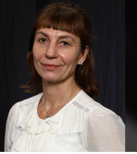 MISSING WOMAN: Malgorzata Matuszko, 52 - last seen on July 10, at 1:15 p.m. Bay St + Hagerman St area. - described as 130 lbs., brownish/red long hair, brown eyes - last seen wearing black overalls, white sweater/hat, brown winter boots carrying red winter coat.  #GO1290513 ^ep2 https://t.co/mYy0LxwM01