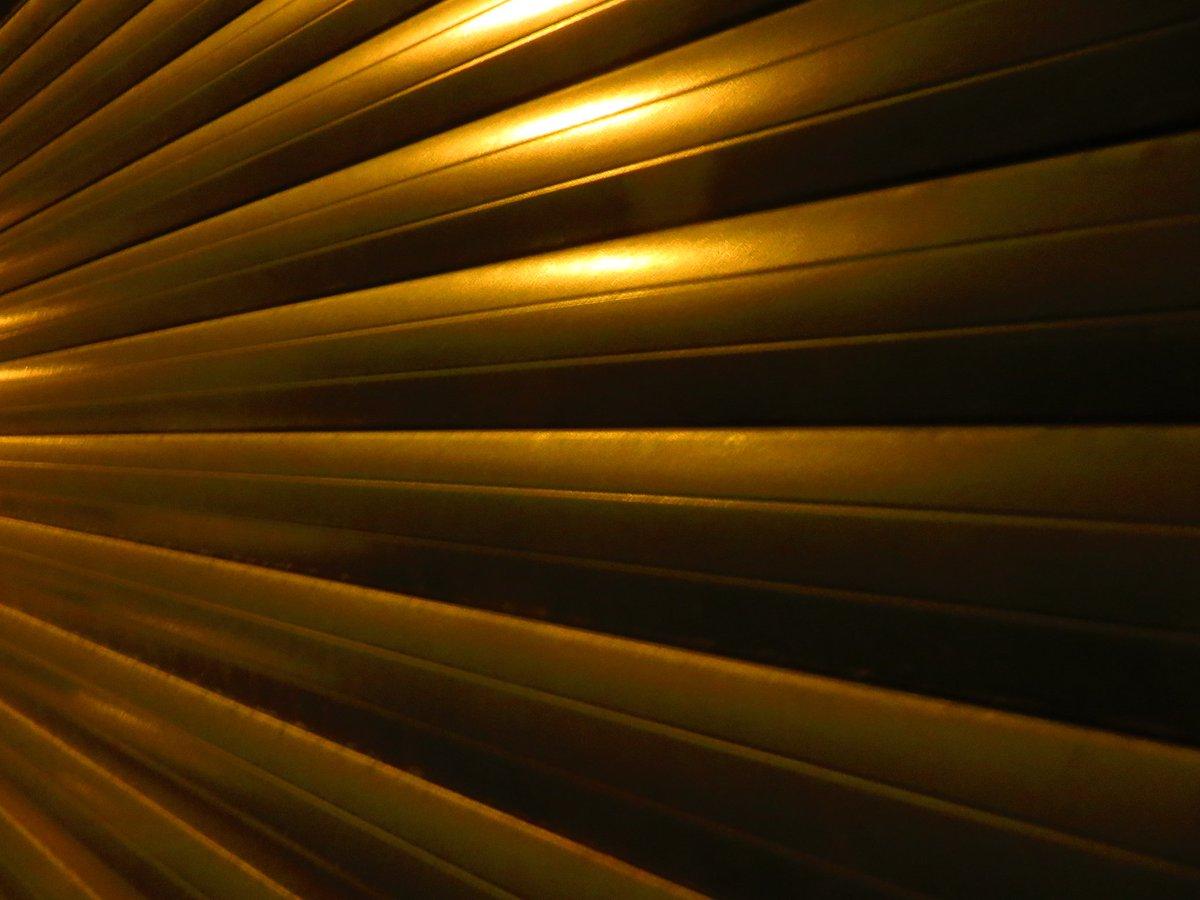 A Night So Still Artistic Zooming Night Photography By @sirbarrilaro © 2020 #sirbarrilaro #Coimbra #principereal #chiado #BairroAlto #lisboa #Tindersticks #StuartAStaples #DanMcKinna #DavidBoulter #EarlHarvin #NeilFraser https://t.co/OrwbztYBVt