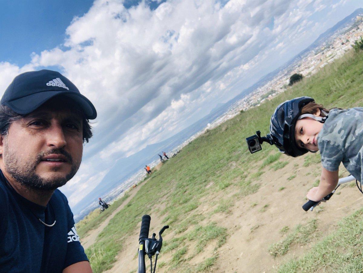 #Cholula es una belleza, esta tarde con mi hijo Juan José venimos a rodar al #Zapotecas. https://t.co/0UYlvQkGMD