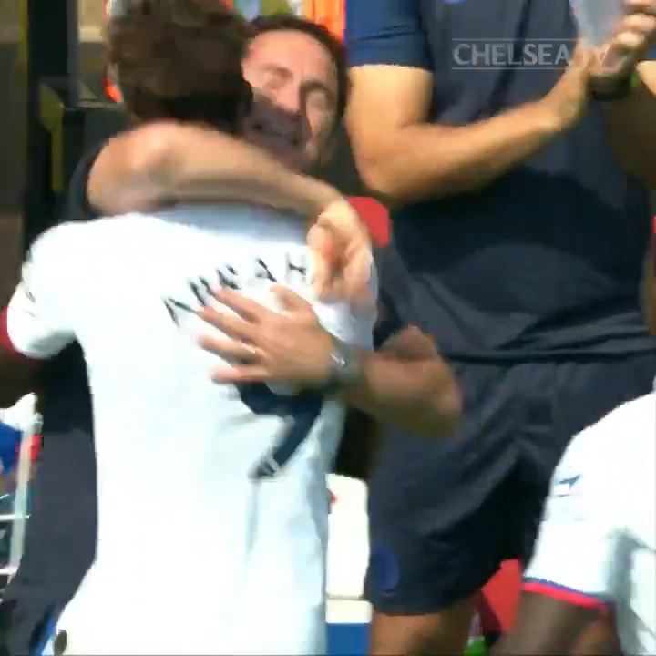 🔥 Tammy vs Norwich 🔥 (aw ese abrazo con Frank ☺️) https://t.co/z4YpWcUvvH
