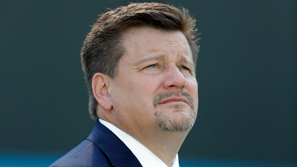 Michael Bidwill, proprietário do Arizona Cardinals, recebeu alta depois de ser hospitalizado com COVID-19...  #NFL #Cardinals #futebolamericano