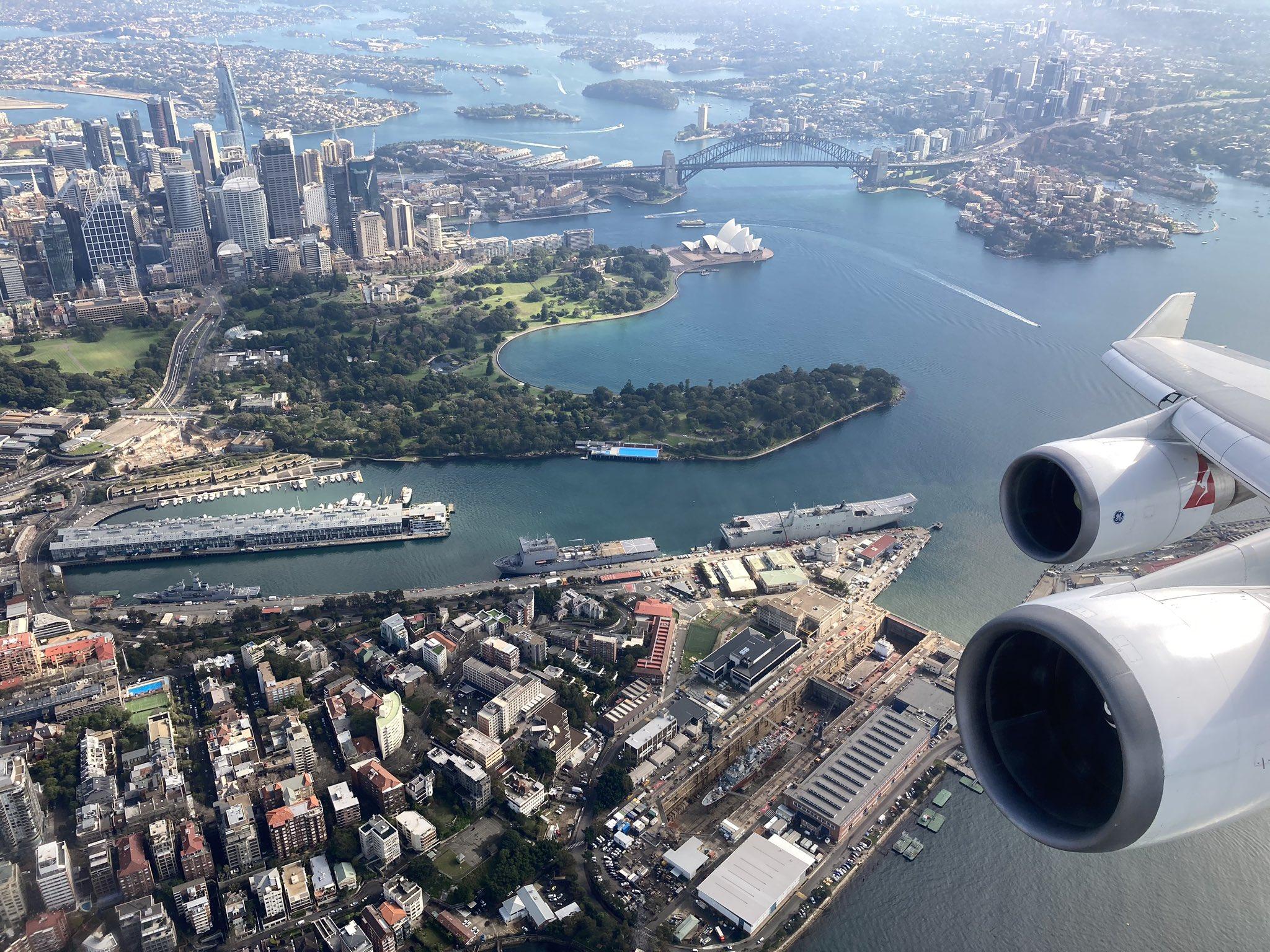 Qantas 747 Sydney Harbour
