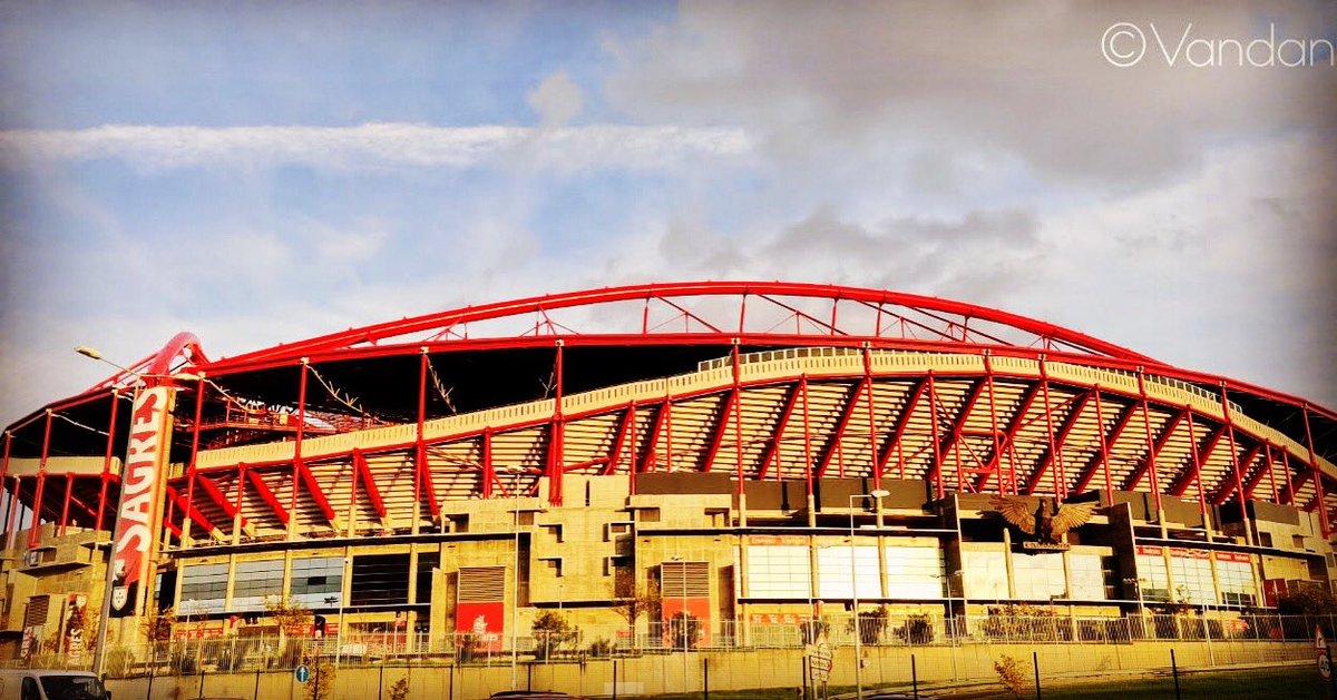 Estádio de @slbenfica #Benfica Stadium #Lisboa #Lisbon #Portugal #travelphotography #HáUmAno @ Lisboa, Portugal https://t.co/1K1szKmZ1Z