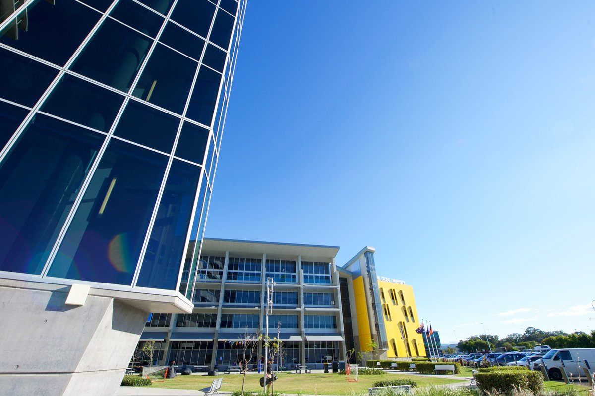 Amidst this year of disruption #SouthernCrossUniversity has seen a strong mid-year intake.Classes for session 2 have just started and the University's overall new domestic enrolments are up 35% year-on-year. Read more: https://t.co/MFEx7lCcMw https://t.co/aJBd6xiXOS