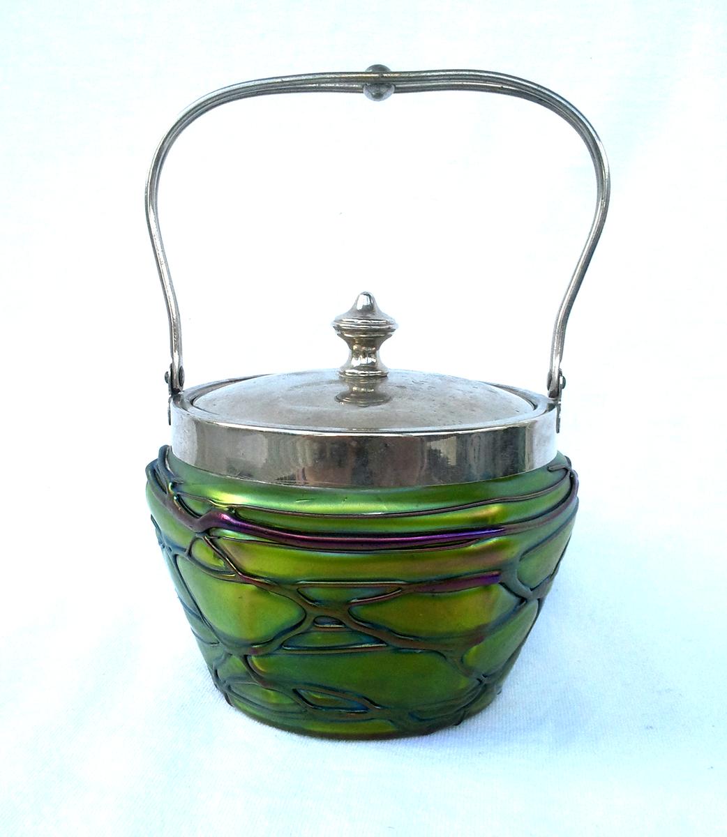 Iridescent #ArtGlass Biscuit Jar #Green with #Amethyst Threading #Pallme-Konig C.1900 https://t.co/RCZsoRw3Qj @ecrater #Glass #antique #artnouveau #vintageforsale #giftideas #bohemian #bohemia #SmallBiz #shopsmall #StandWithSmall #vintage #gotvintage #vintageshop #shopvintage https://t.co/Lzn5wSukqY