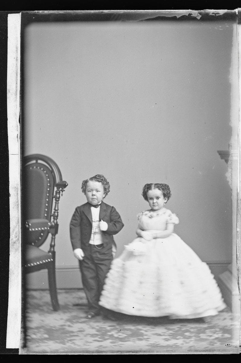 G.W.M. Nutt and Minnie Warren, c. 1860-1870 https://t.co/n8TUqEKPaq #npg #smithsonian https://t.co/wNoqFX5KX4