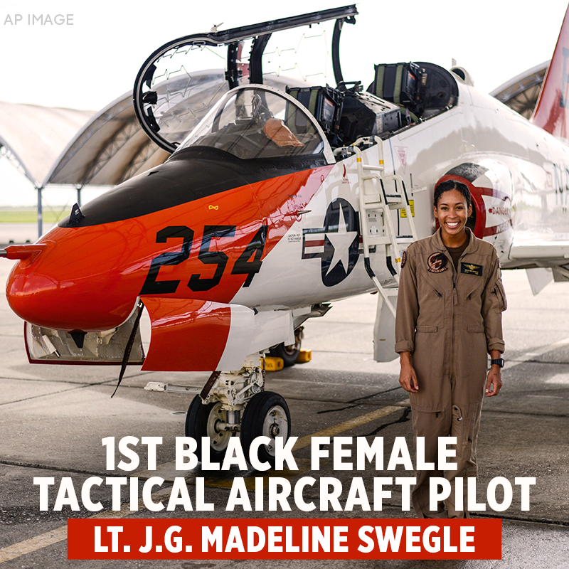 """MAKING HISTORY: Lt. j.g. Madeline Swegle completed naval flight school and will later receive the flight officer insignia known as the """"Wings of Gold.""""  https://t.co/QyVulJ6Epc https://t.co/LS4PJXkzIs"""