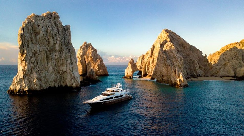 The real experience of traveling to a Mexico resort during a pandemic, from social distancing to safety precautions, Los Cabos is open for business https://t.co/YYV6dzUJyw https://t.co/c8zh9s9I0b