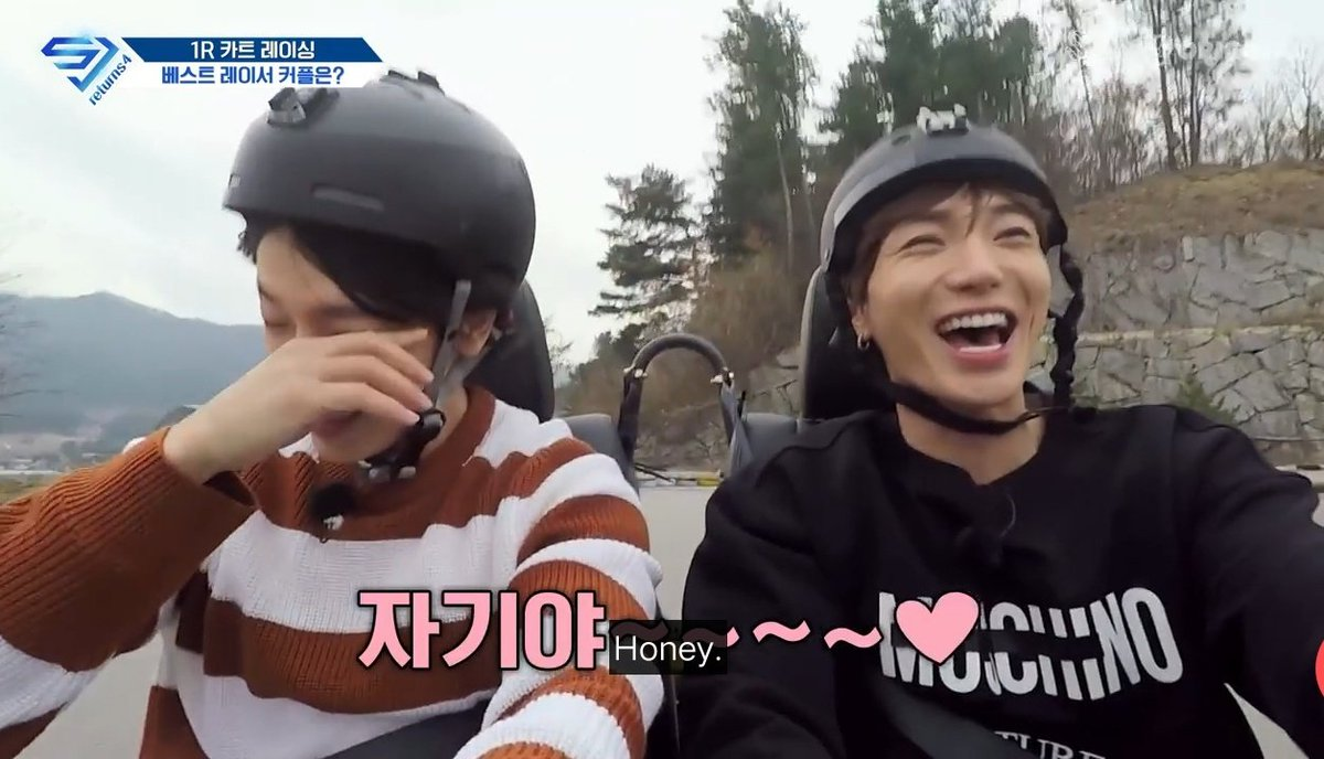 it's so heartwarming to see them just spending time together and having a lot of fun <br>http://pic.twitter.com/30WpKVNLm0