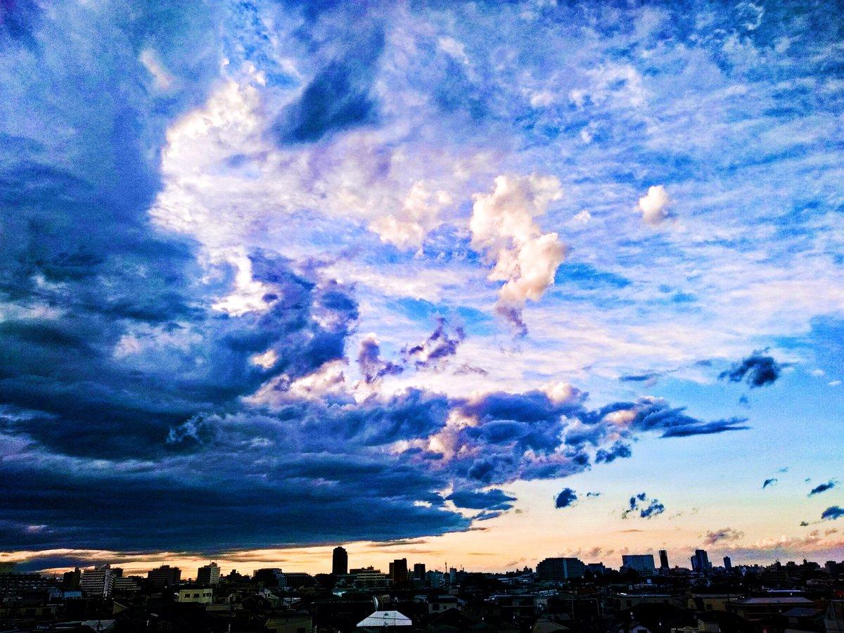 115 #方南町の浮雲女 シスレー風  20200711 by @freakzappa  #photo #art #芸術同盟 #芸術の輪 #風景写真 #キリトリセカイ #雲 #空のある風景 #cloud #エレカシ #tokyo #photoshop