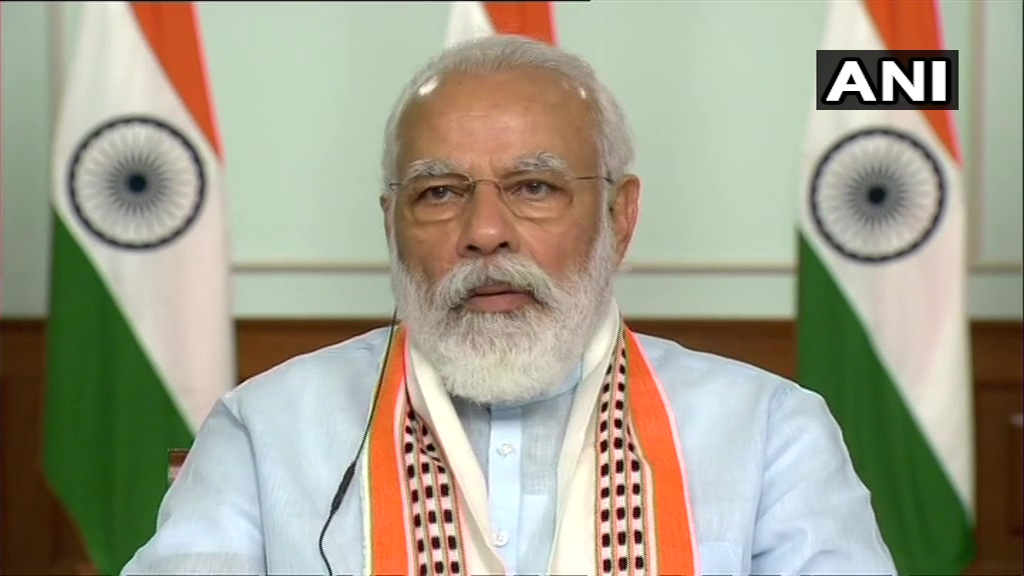 Delhi: Prime Minister Narendra Modi and Google CEO Sundar Pichai today held a video conference over a wide range of issues.   Sundar Pichai has now announced 'Google for India Digitisation Fund', through which they'll invest Rs 75,000 Cr or US$10 Bn into India over next 5-7 years <br>http://pic.twitter.com/zlLgvqUDLY