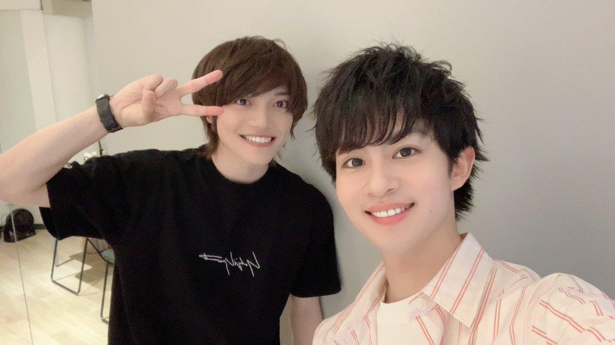 本日は龍次郎さんと一緒に「WHAT'sIN? tokyo」さんに取材して頂きました(^^)✨ずっと話したかった事が言えてよかった👀👏公開をお楽しみに〜!!#刀ステ