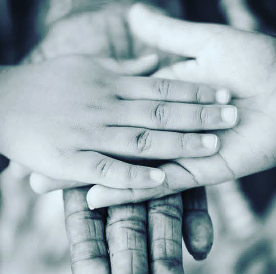 Never forget The Hands that Raised you #PowerYourDreams @PayalRohatgiFC @KanganaRanautFC @indgopal5022 @Ashwinirajbihar https://t.co/16jT71YqWo