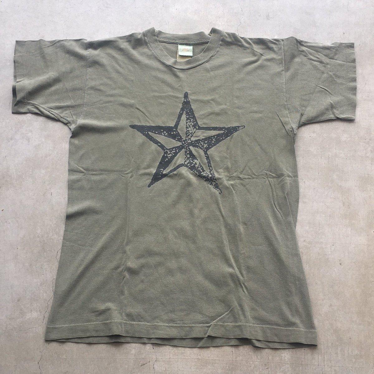 ▽△ Pick up ▽△  ⇧ Vintage Rock Tshirts ⇧  夏のファッションの主役といえばTシャツってことで、70s〜90sまで様々なビンテージロックTが入荷中です🙌  *通販可能です  #古着 #仙台 #古着屋 #vintage #rock #tshirts https://t.co/OiznAbzyU3