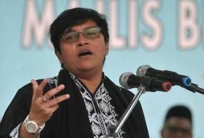 Ahli Parlimen Pengerang, Datuk Seri Azalina Othman Said dimasyhurkan sebagai Timbalan Yang Dipertua Dewan Rakyat berkuat kuasa hari ini. https://t.co/Q0jHWAcuzj
