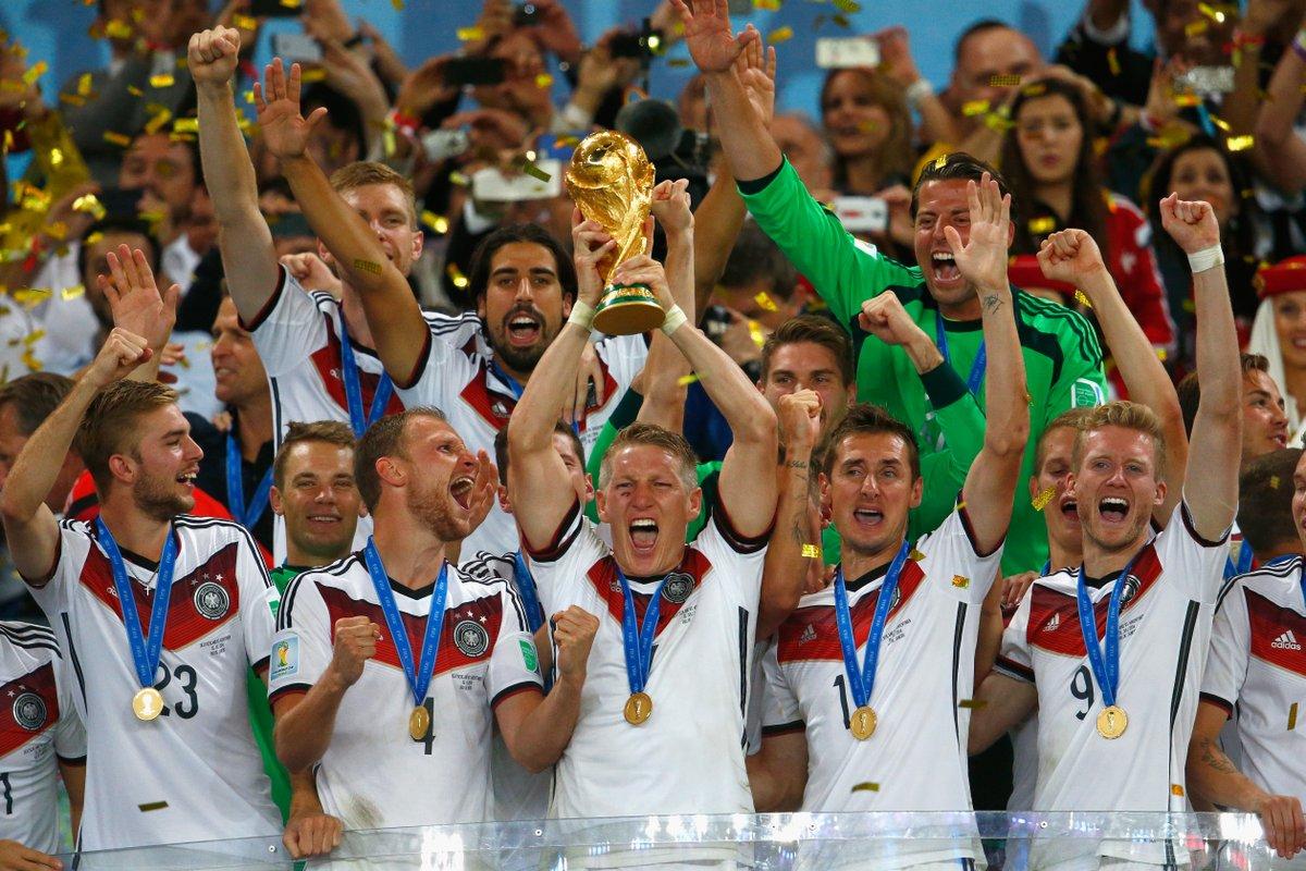 6️⃣ years ago today... 🏆🤩  #DieMannschaft @FIFAWorldCup https://t.co/RvujUtsfNS