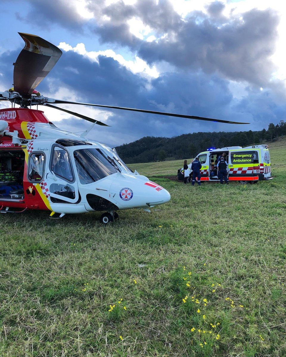 Earlier this afternoon the Westpac #RescueHelicopter attended a tractor accident at a property near #Gloucester. A young female was treated by the #Helicopter Critical Care Medical Team and transported to John Hunter Hospital. #DoingOurPart pic.twitter.com/XT4VokWIgh
