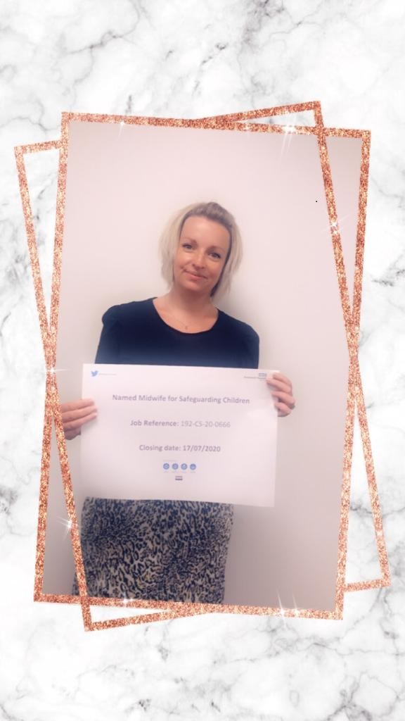 """A new feature for #PHTRecruitment - JOB OF THE WEEK! This week the lovely Caroline has picked out the job she would like promoted -https://t.co/HbyBOT4LnX  Caroline said """"Enhancing #teamPHT to support midwives in protecting children and families. I think that is amazing!"""" https://t.co/pg2ymTedF4"""