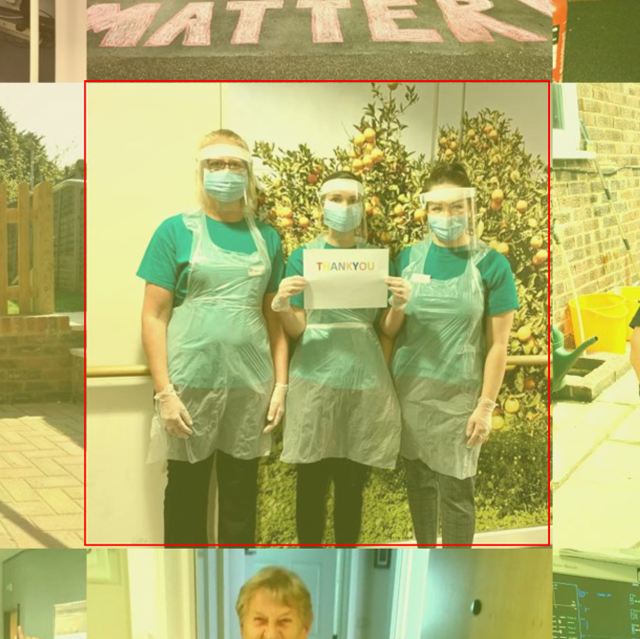 @VidaHealthcare1 staff thanking everyone for their donations whilst theyre staying strong and working incredibly hard caring for their residents living with dementia. ❤️👏 Have you found your photo in our mosaic? Tag us if you do! #rainbowsforthenhs 🌈 ow.ly/riXE50Aqsac