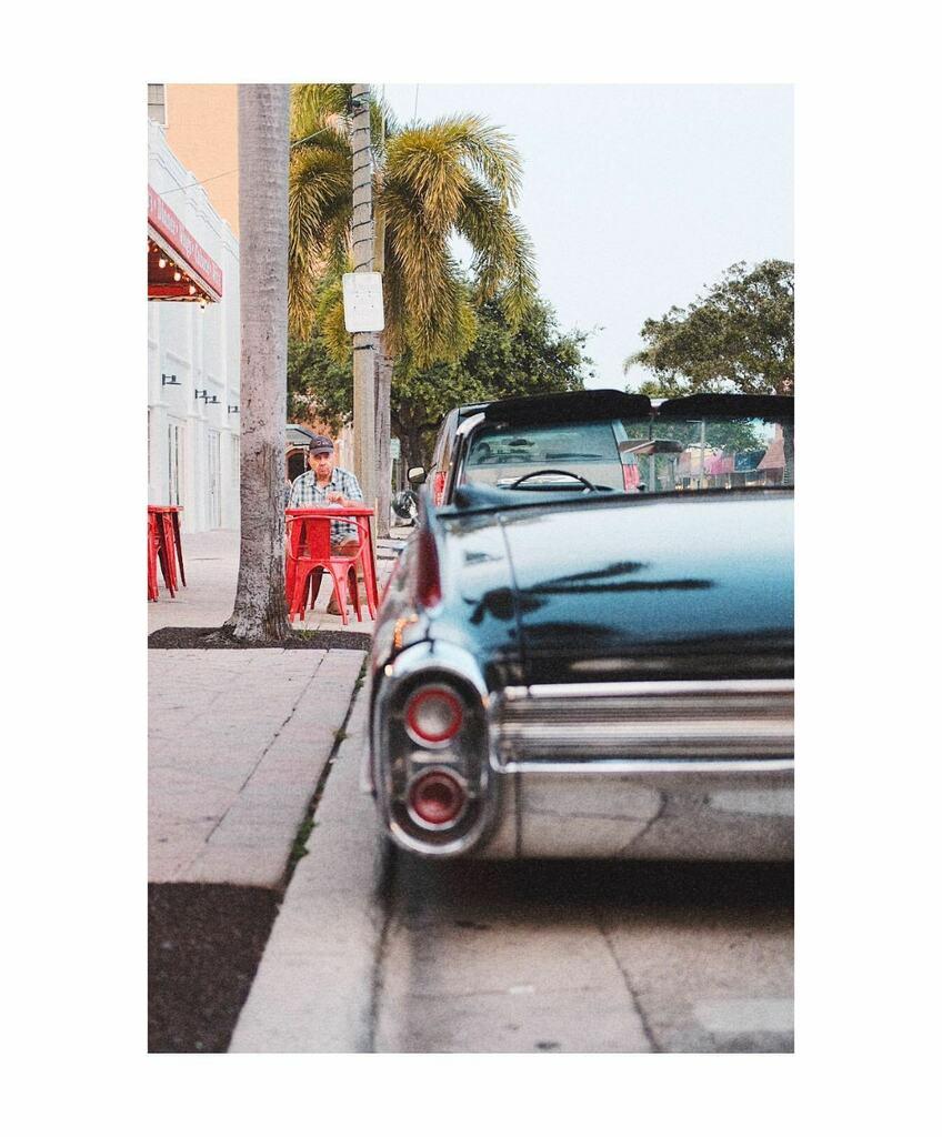 Old pals . . . . . #streetphotography #streetleaks #spjstreets  #spi_collective #streetphotographer #timeless_streets #fujifilm #fujixseries #myfujifilm https://instagr.am/p/CClZ3NhB7h0/pic.twitter.com/dSI5c2PBp0