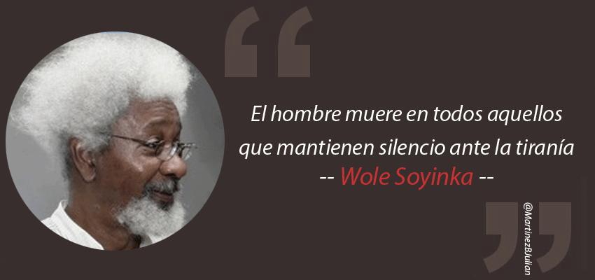 """@EscaparateLit #13Jul #TalDíaComoHoy en 1934 nació el #PremioNobel Wole Soyinka """"El hombre muere en todos aquellos que mantienen silencio ante la tiranía"""" #Soyinka #NobelPrize https://t.co/TQkFM745mE"""