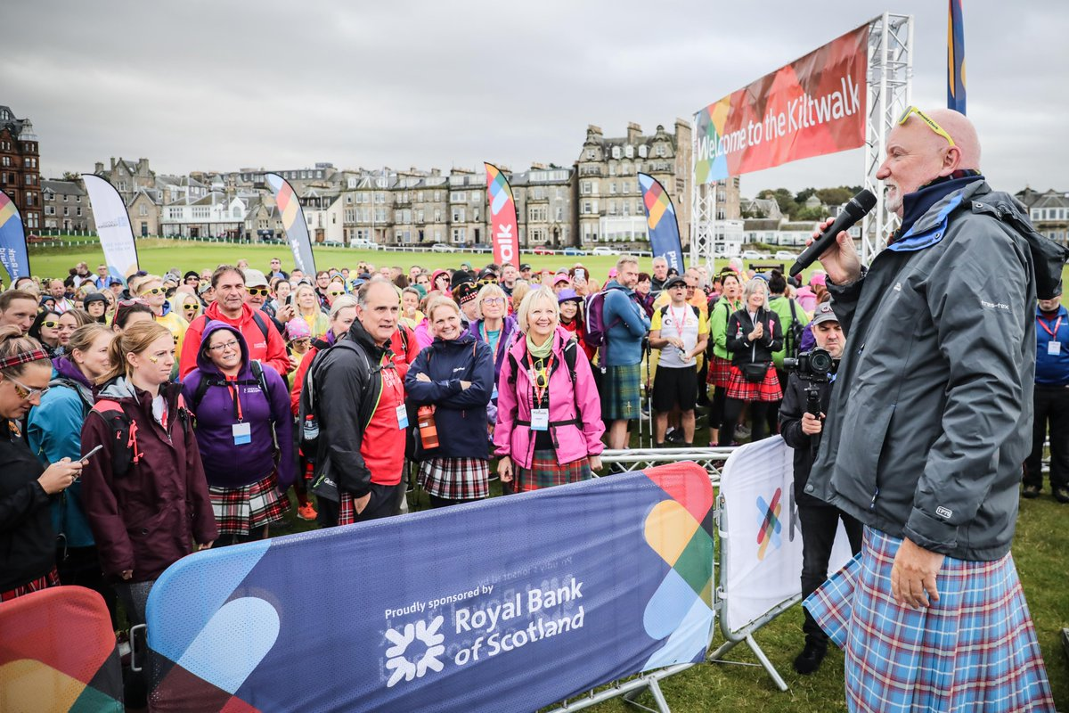 More than 2⃣0⃣0⃣ charities have benefitted from the #KiltwalkKindness of our Virtual Dundee Kiltwalkers! 🙌  Find out more in the @Evening_Tele   📰👉   #DundeeVirtualKiltwalk