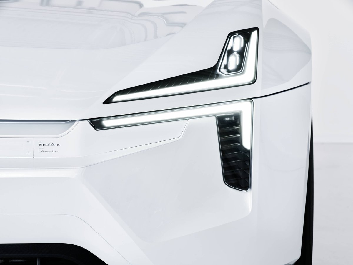 #Polestar #Precept features a signature headlamp design that takes Thor's hammer to the next level. It's a catalysed evolution of our design language. Read all about it here: https://t.co/0viVUyAExw https://t.co/Hkrxv7d6Z3