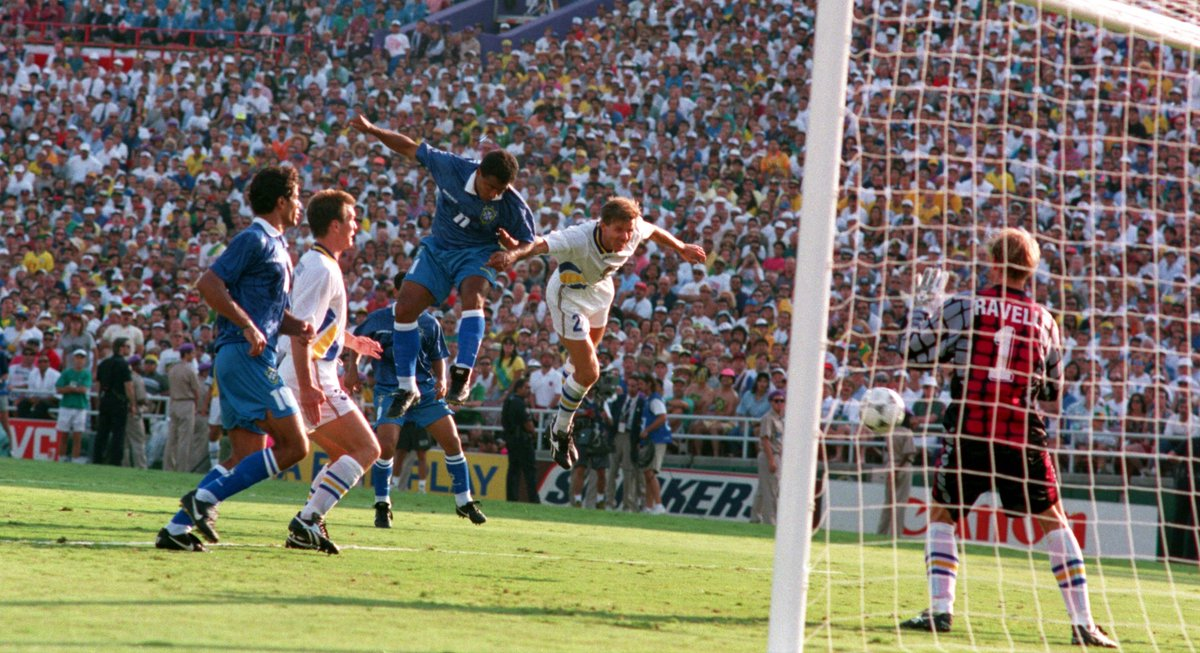 """#OnThisDayInFootball the semi-final between Brazil and Sweden at the 1994 #WorldCup took place at the Rose Bowl in Pasadena. Brazil went through thanks to @RomarioOnze's 80th-minute header but Sweden played for most of the second half with 10 men. """"Romario and Bebeto were two...pic.twitter.com/RrCYPAmrGZ"""