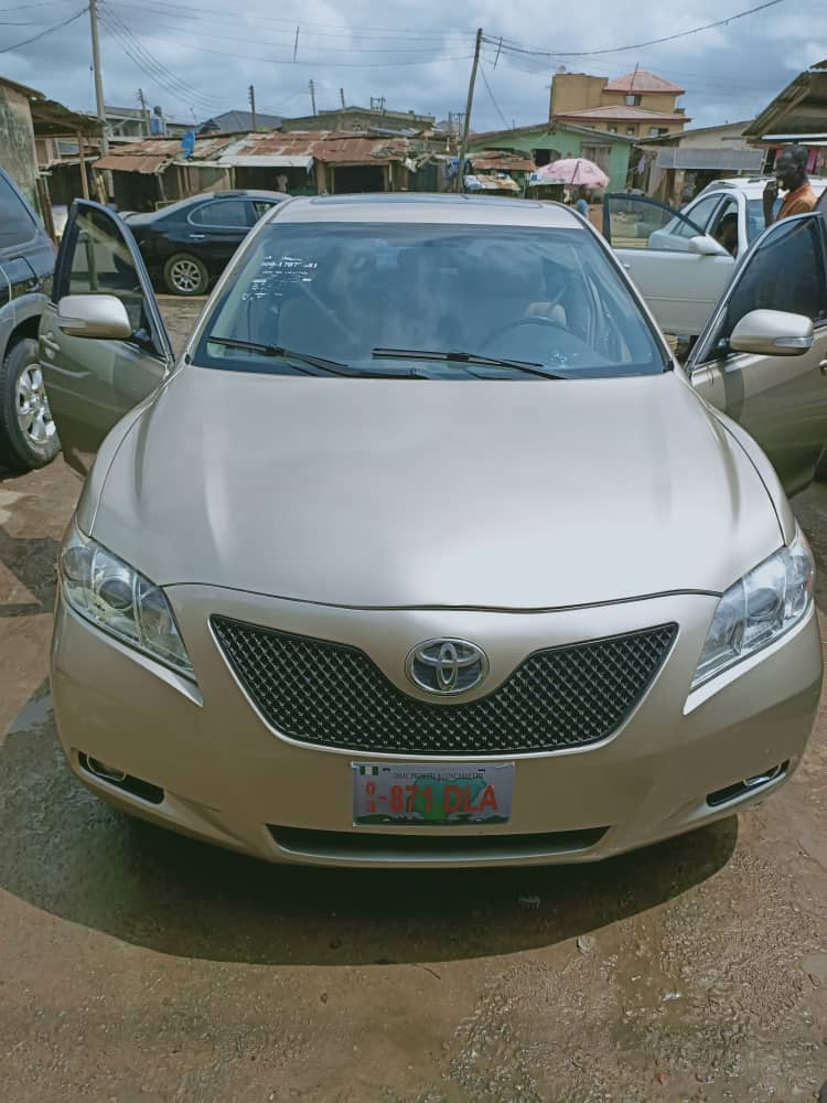 Today's deal  2008 Toyota camry  XLE. Foreign used Accident free.  Documents available  Price:2.3m Come now, let's do business <br>http://pic.twitter.com/vneJ2vczVR