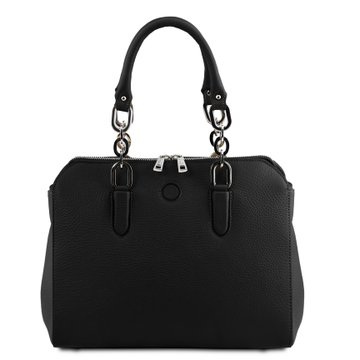 Hurry! Don't miss this bargain. 45% off this gorgeous handcrafted Italian hammered leather handbag. Now only £63.50 with free delivery. Dispatched to you directly from Tuscany so we can #StayAtHomeAndStaySafe . Get Christmas sorted in lockdown!  @smallbizshoutUK @MaxinePurdy https://t.co/CbVSkKGnBc