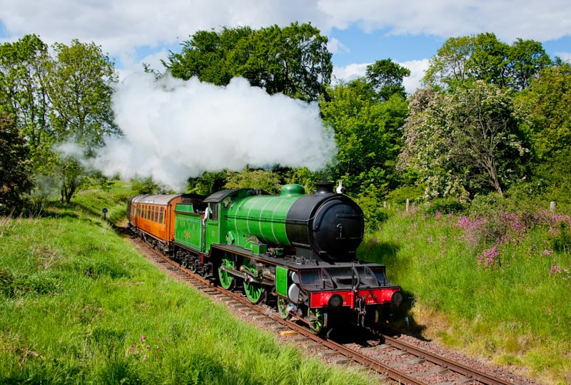 test Twitter Media - Help us raise over £100,000 to steam the iconic Gresley-built, last of her Class D49 Morayshire #BackOnTheRails  Donate here: https://t.co/4guI55d7T1  📸 P.Backhouse  ^JS https://t.co/dIq2udKPR0