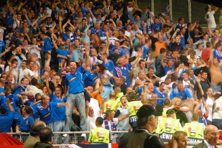'Rangers fans after scoring the 3rd in Lyon, 2007.' <br>http://pic.twitter.com/XSRw6SIqRN