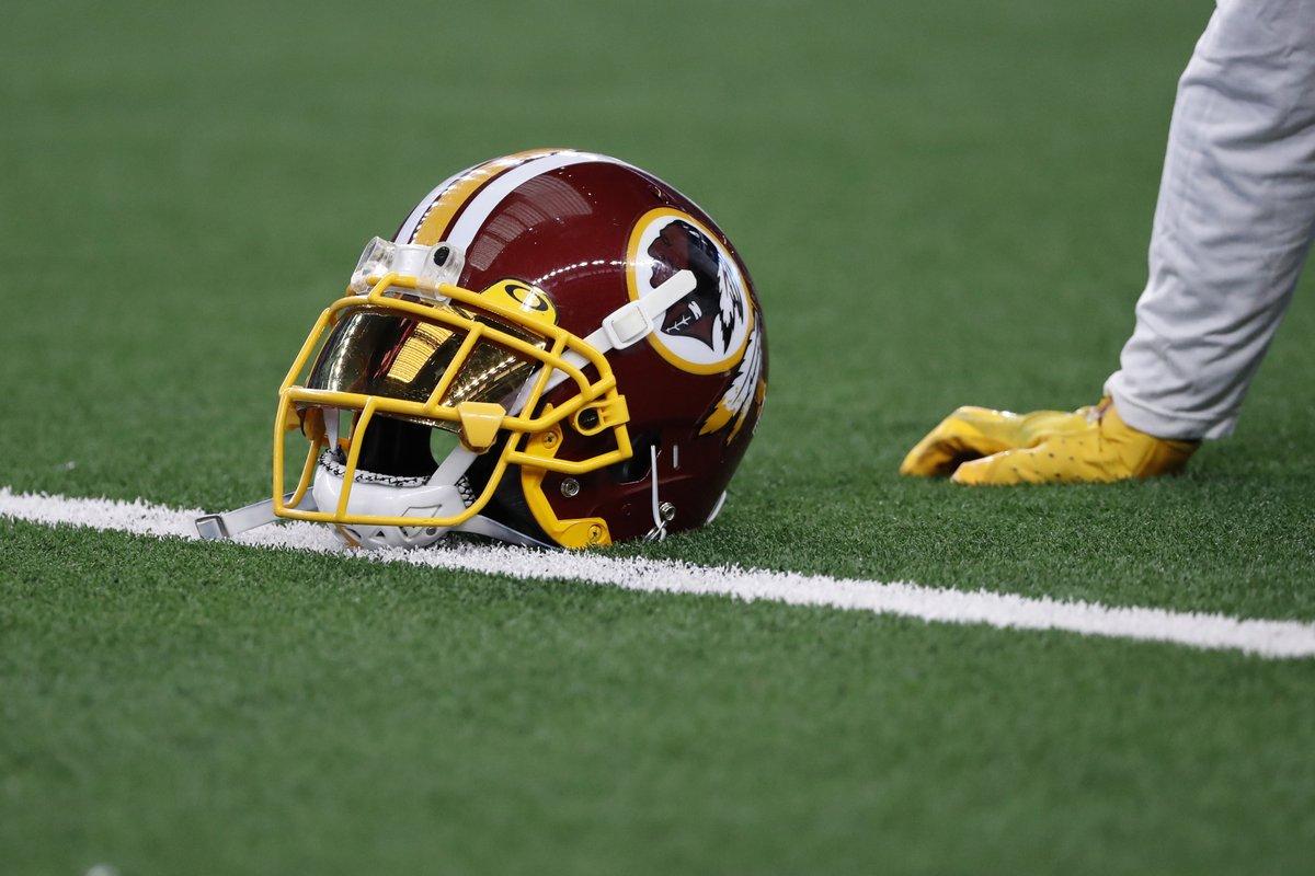 Washington Redskins confirm plan to change controversial name https://t.co/oKkYnAhoro https://t.co/QdIJfudrK5