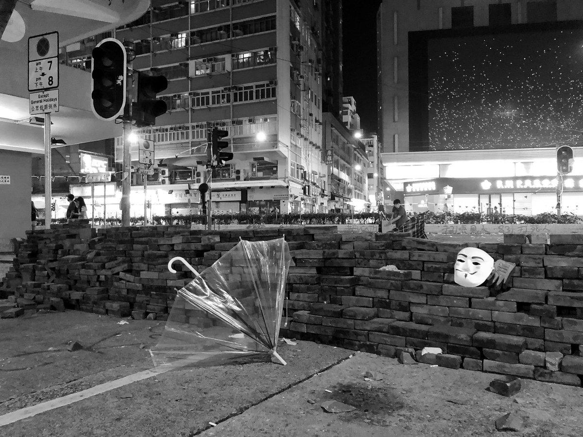 #圍爐 見到有手足推呢組hashtag,香港人,不如大家一齊每日一相紀錄香港 🤩  #一日一相香港印象 #香港の写真を何の説明もなく上げてみる  #FreeHongKong  (我想加埋英文tag  1.代表我地宜家仲可以影相上網share  2.順便推呢個hashtag  3.介紹香港俾多啲人識)  Photo: 2019-10-1 #HongKongProtest https://t.co/ENCKp7BW55 https://t.co/LD7A6Ql3sh