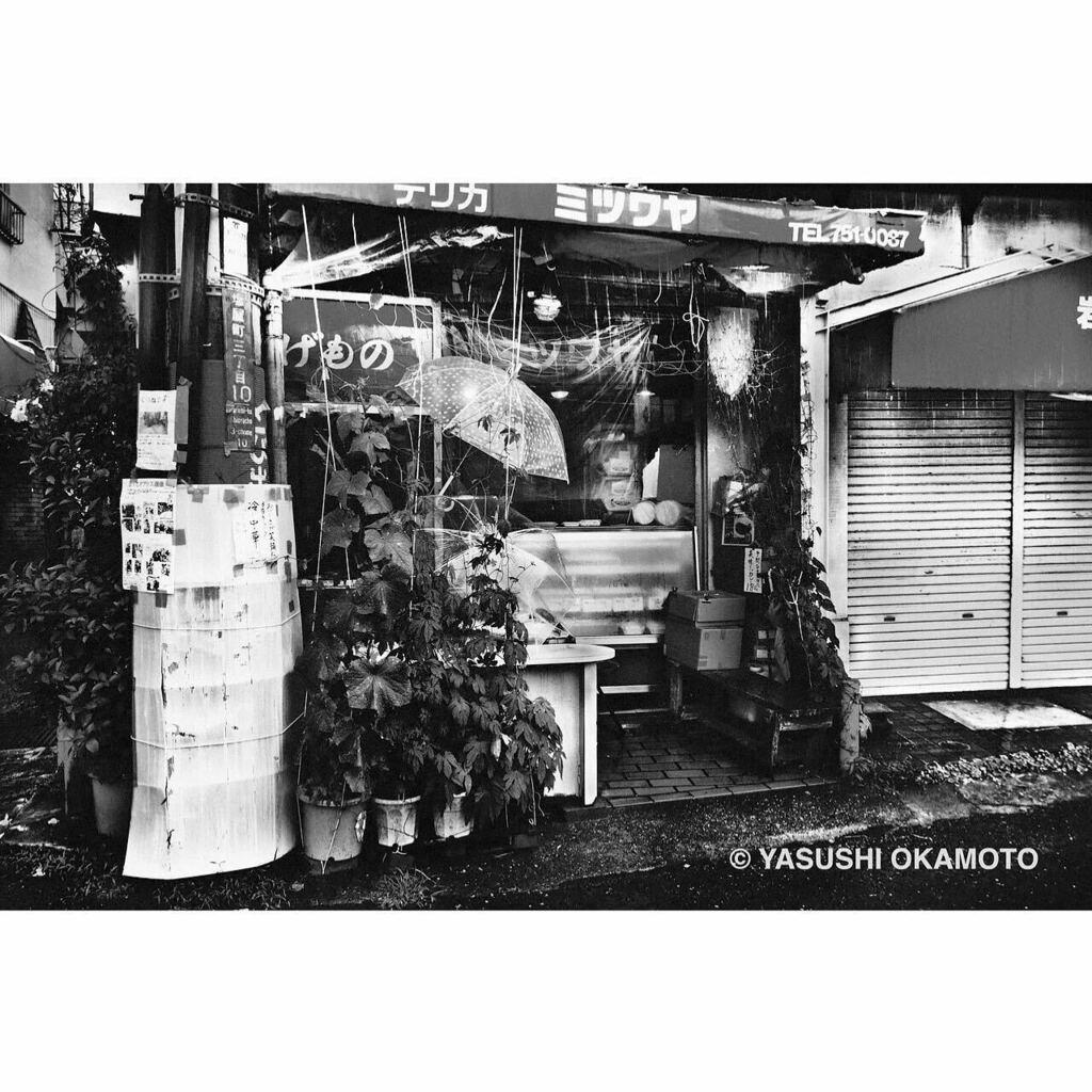 ・ monochrome syndrome 記憶・憧憬・幻影 塩屋 2020年 • #モノクローム #スナップ #記憶 #憧憬 #幻影 #monochrome #blackandwhite #bnw #bnw_city #bnwphotography #monochromephotography #streetsnap #2020 #塩屋 #shioya #神戸 #kobe #雨 #rain #yasuwanphotos #yasuwan