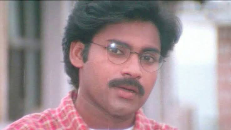 3) Hello BalReddy..! Upto Now U have seen  The Type Of Politicians  Who gave Money, Liquor bottles, Biryani Packets to People and Begged Votes, But Now time changed.. He's Not a Leader He's Legend... Jai  @PawanKalyan Annaya ... #AdvanceHBDPawanKalyanpic.twitter.com/c6ISqBTylC
