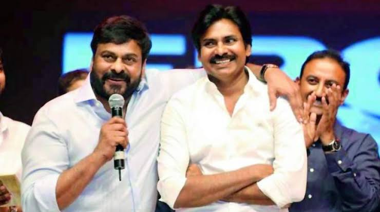 #AdvanceHBDPawanKalyan Hello BalReddy..! Upto Now U have seen  The Type Of Politicians  Who gave Money, Liquor bottles, Biryani Packets to People and Begged Votes, But Now time changed.. The Real Leader Enters Into Politics To Change The 25 Years Of Youth Life... @PawanKalyanpic.twitter.com/TndJLxacfr